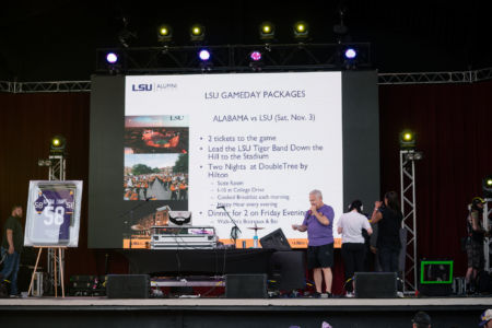 Lsu-alumni-dallas-crawfish-boil-lane-digital-105