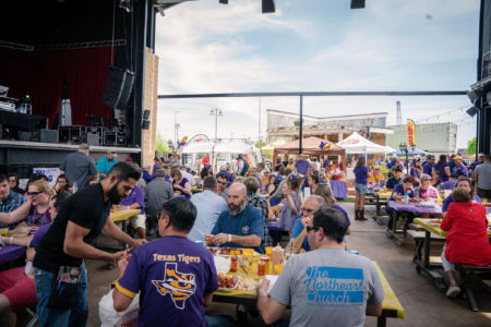 Lsu-alumni-dallas-crawfish-boil-lane-digital-6